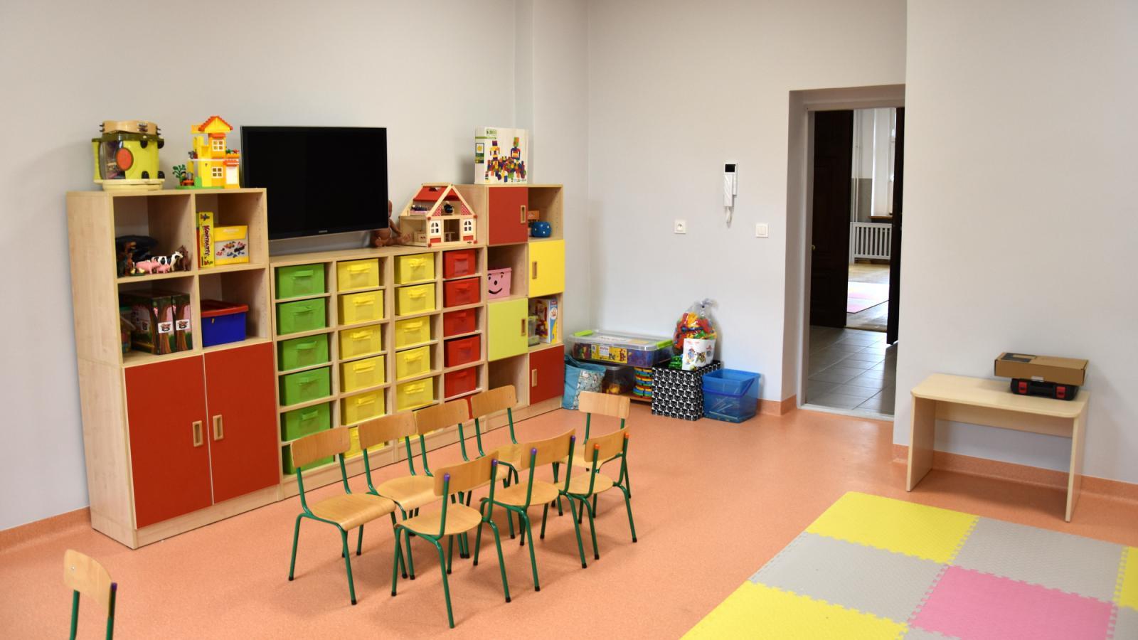 Odnowiona sala zabaw dla dzieci